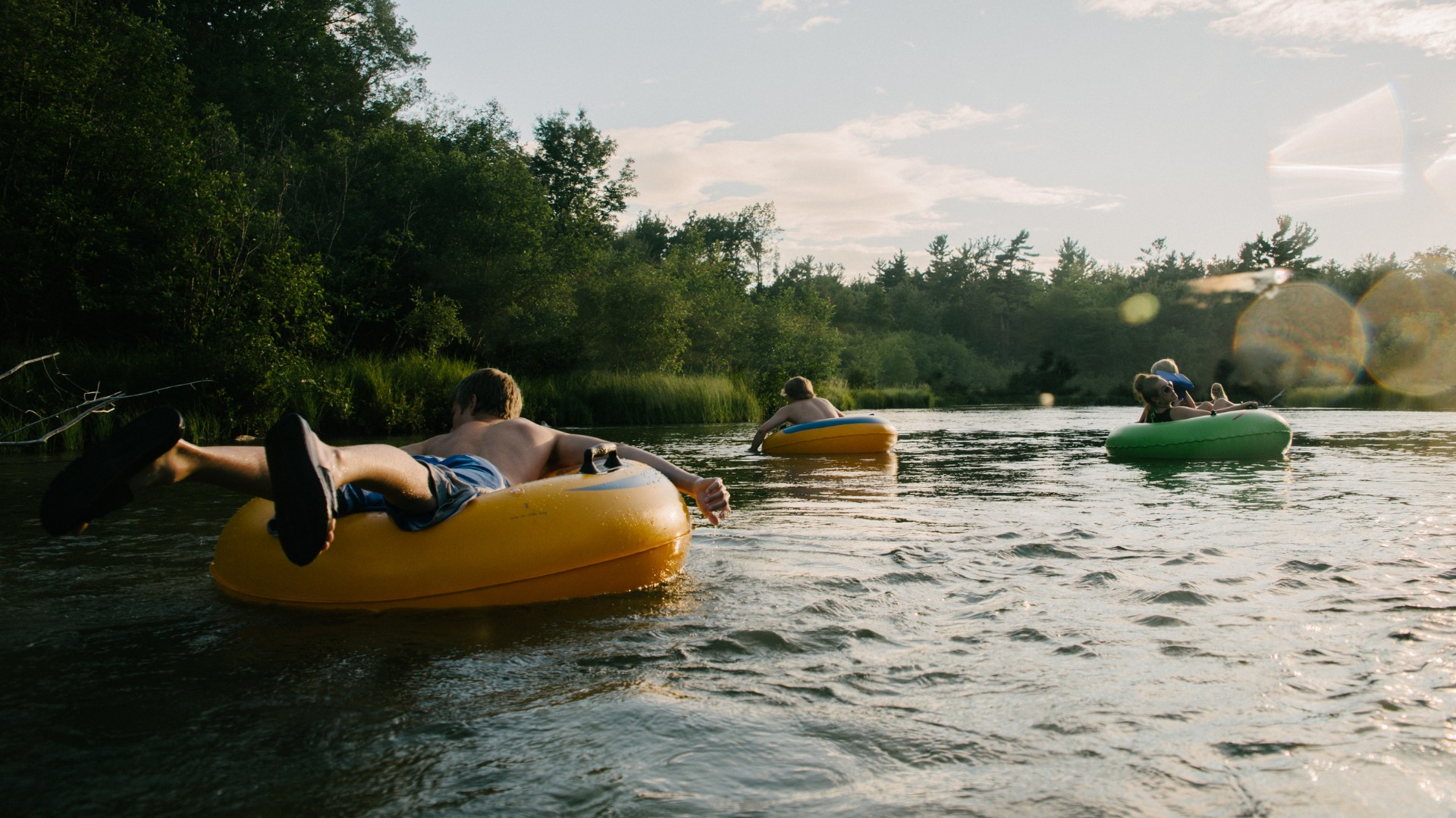 A family enjoying their Killington River Tubing